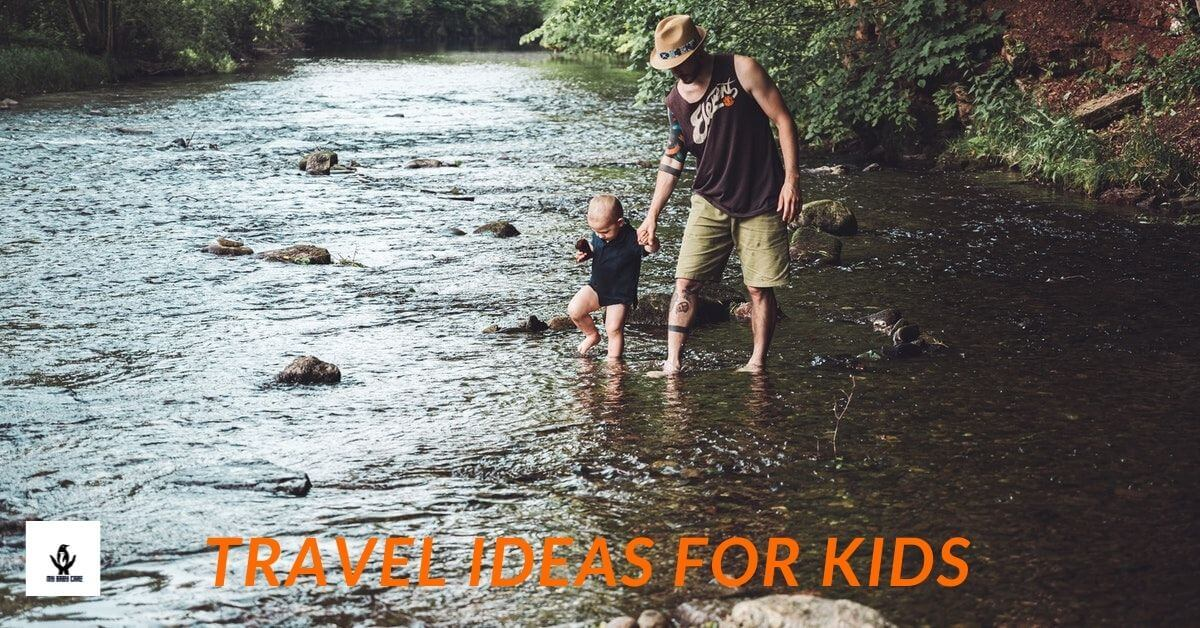 father travels with his kid